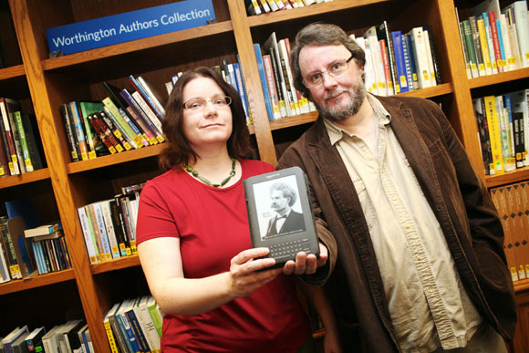 Ohio authors Lucy Snyder and Gary Braunbeck can be downloaded on your eReader.